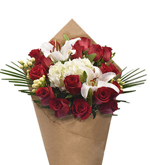 Bloom Haus Noble Rose Bouquet - Red