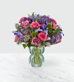 Alana S Flowers Gifts The Ftd Lavender Luxe Luxury Bouquet Etobicoke On M9c 1c6 Ftd Florist Flower And Gift Delivery