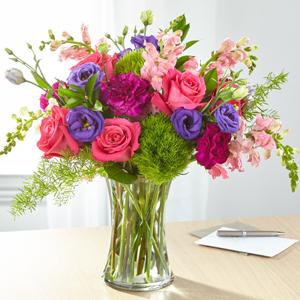 The FTD® Charm & Comfort™ Bouquet