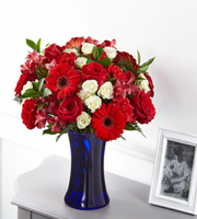 The FTD® Hearts Embrace™ Bouquet