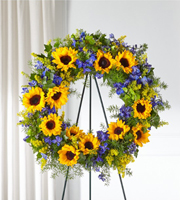 The FTD® Bright Rays™ Wreath