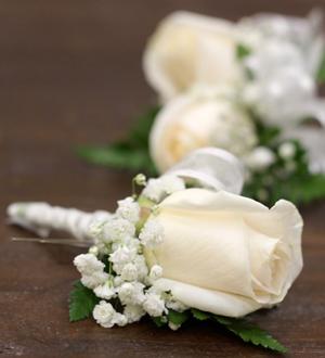 Boutonniere White