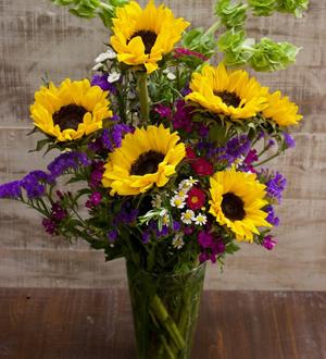 Premium Sunflower Arrangement