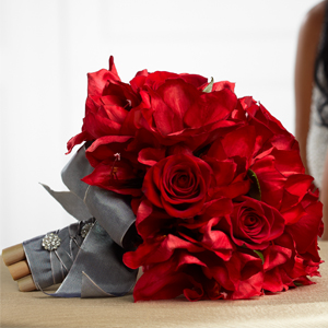 The FTD® Heart\'s Happiness™ Bouquet